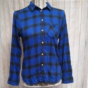 American Eagle Blue and Black Flannel Plaid Shirt